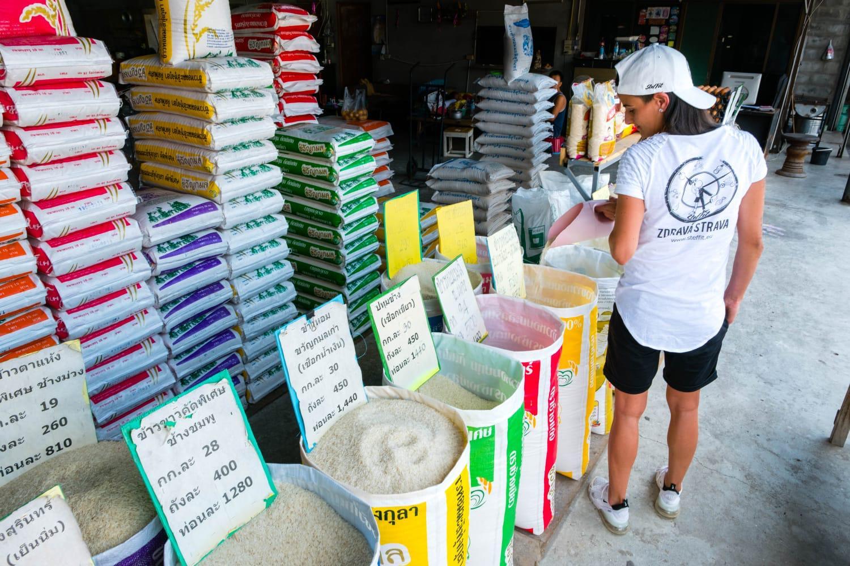 Steffit ryža v Thajsku